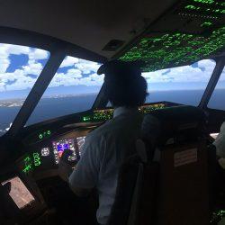 初めての体験でも安心 ✈ SAJインストラクター付フライト