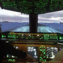 パイロットバックの中身について